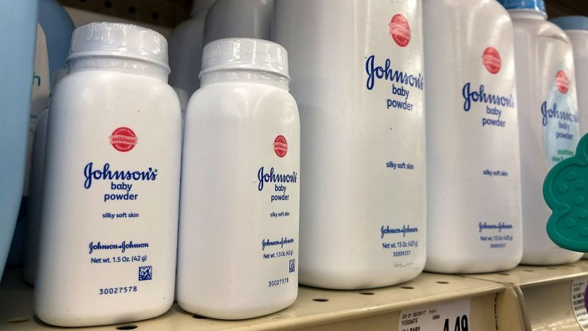 Johnson's Baby Powder Blossom