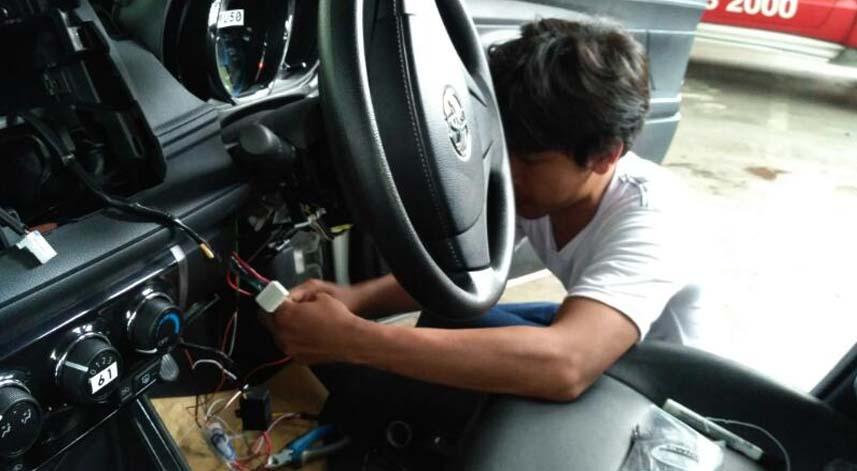 Cara Memasang Teknologi GPS Pada Mobil Pribadi Anda